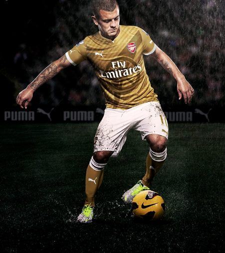 STUNNER! Is this Gunners' new gold Puma kit?